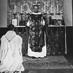 position-of-priests-hands-dominus-vobisc