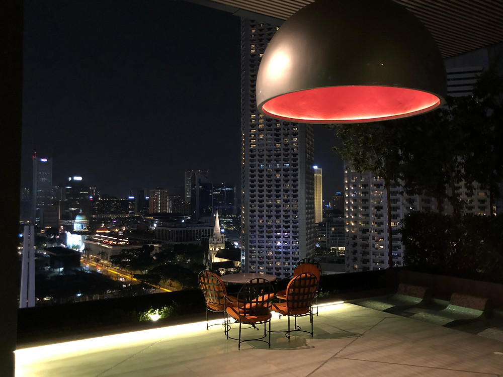 Looks familiar? The Instagram-friendly seating area at night