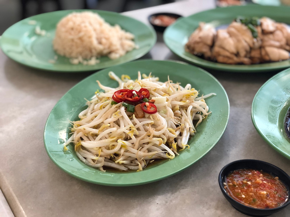 The controversial plate of vegetable: bean sprouts