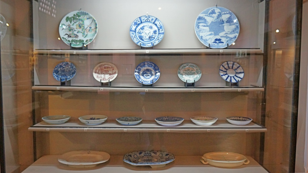 Chinese artefacts on display at the National Museum of Colombo