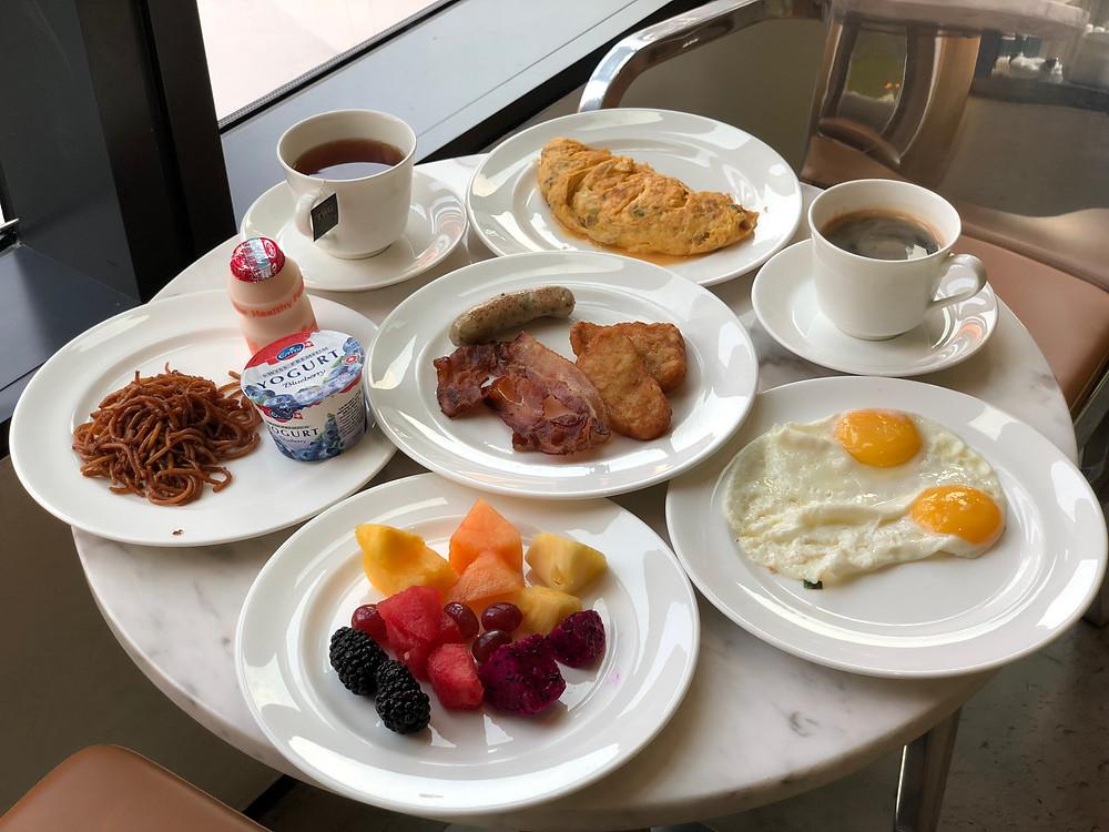 Executive Lounge - A healthy-ish breakfast