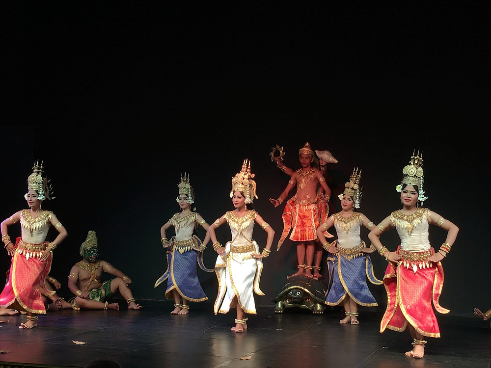 An amazing performance by the local artistes of Plae Pakaa