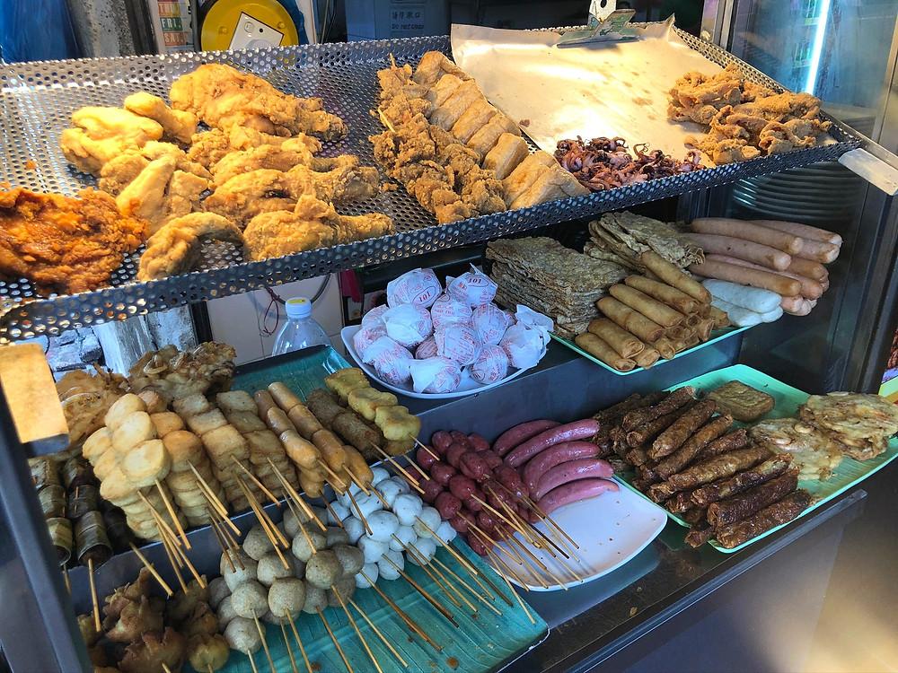 Ngoh Hiang is served at Penang Road Famous Teochew Chendul