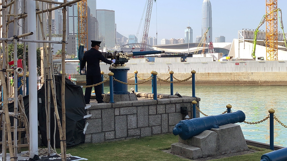A Jardines official prepares to fire the Noonday Gun