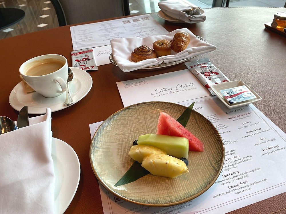 Fullerton Bay Hotel - Starting breakfast service with pastries and fruits