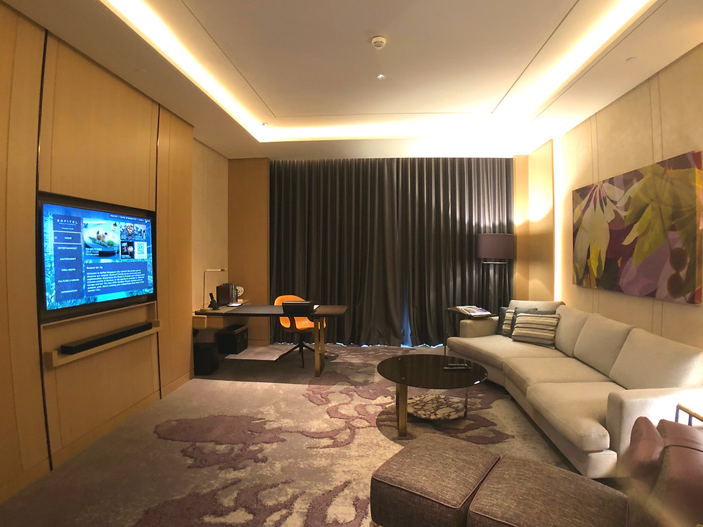 Prestige Suite - View of the living area and workstation