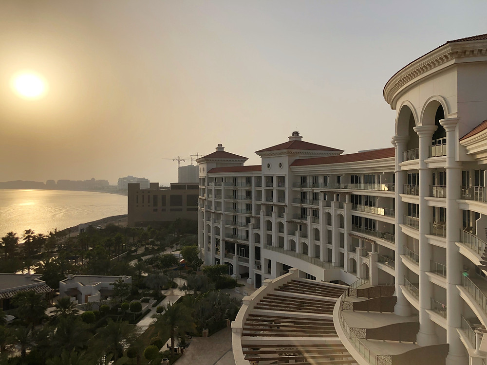 Waldorf Astoria Suite with Sea View - Catching a really beautiful sunset from our suite