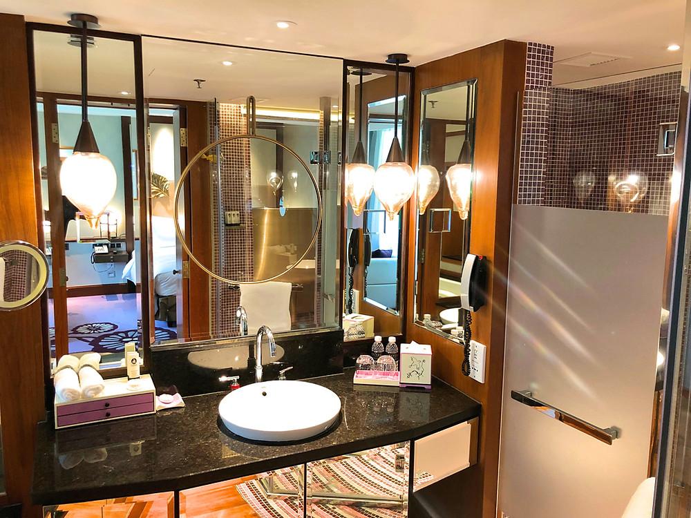 Prestige Suite - The bathroom