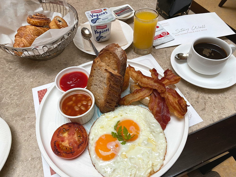 I thoroughly enjoyed the continental breakfast at The Fullerton Hotel