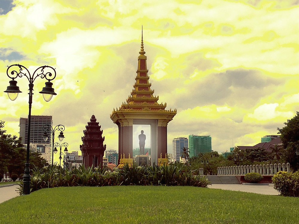The King Norodom Sihanouk Memorial with the Independence Monument on guard behind