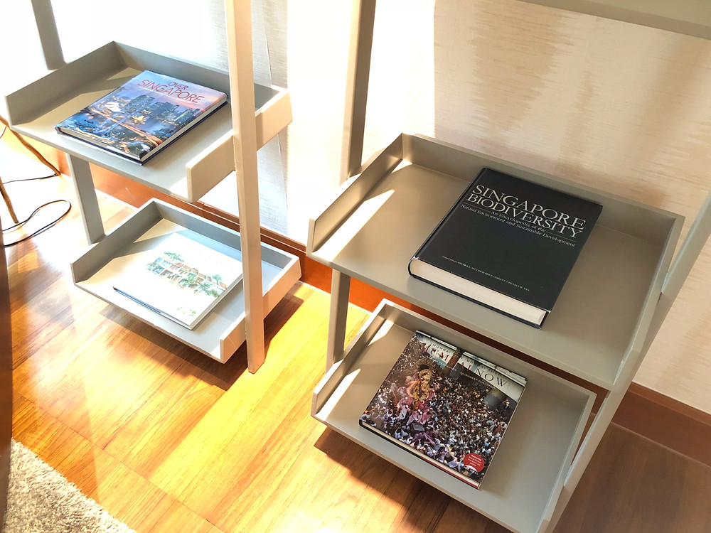 Prestige Suite - Good choices of coffee table books