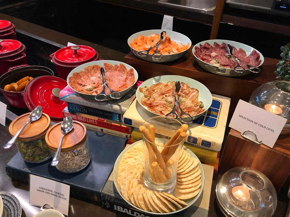 Club Millésime Lounge - Cold cuts and crackers