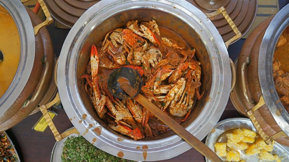 Tasty crab curry at Raja Bojun