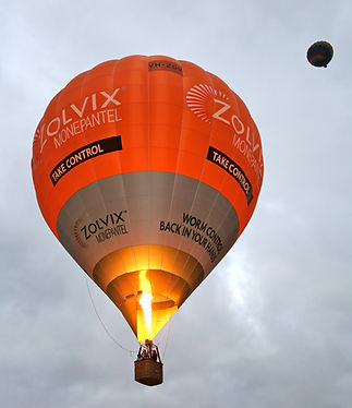 Hot Air Ballooning with Picture This Bal