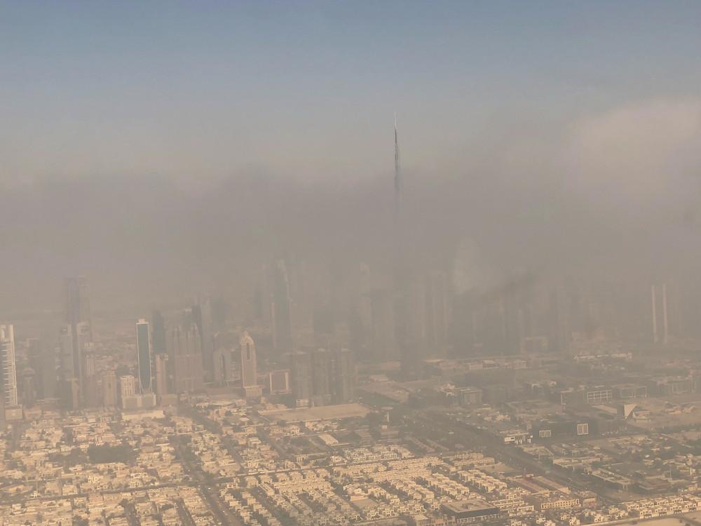 Burj Khalifa trapped in the Dubai fog