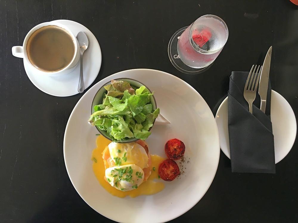A simple breakfast of Eggs Benedict at Café Francais