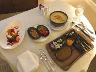 Room Service Review: Regent Singapore