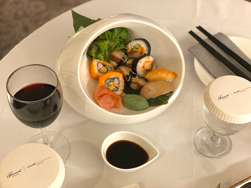Fairmont Singapore Room Service - Japanese maki and a glass of red wine