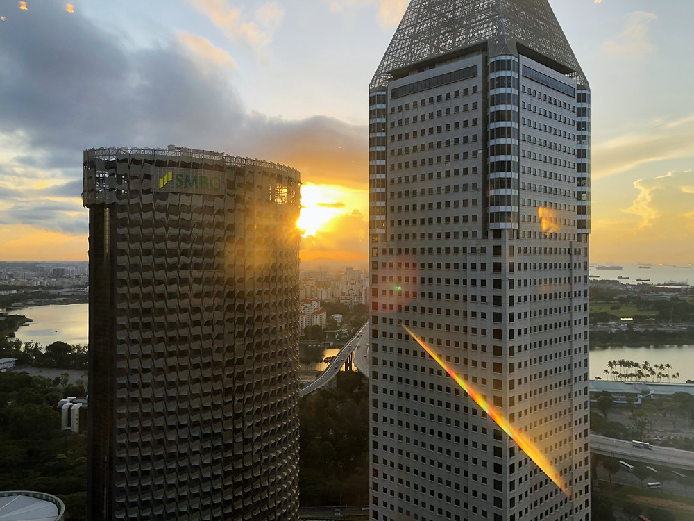 Pacific Club Lounge - View of the amazing sunrise from Pacific Club Lounge