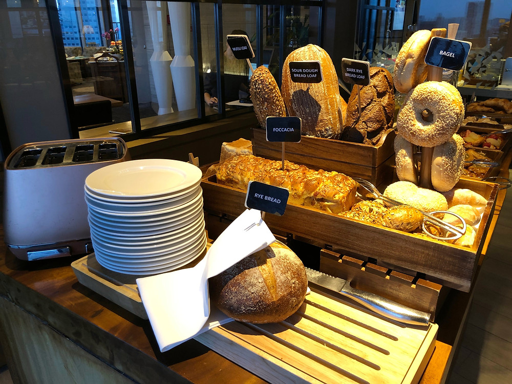Pacific Club Lounge - Fresh bread available during breakfast service