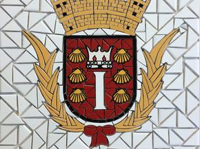 """Escudo de Santa Isabel en Mosaico 18"""" x 18"""""""