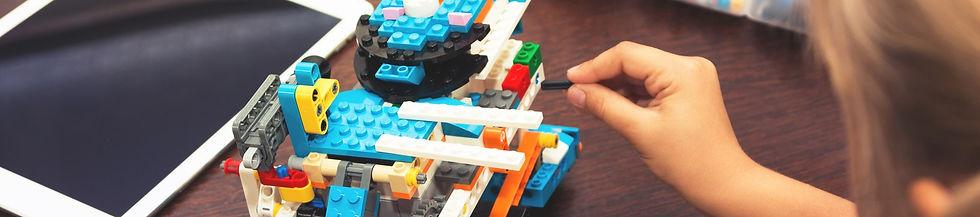 Lego%20Boost%201.jpeg