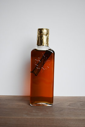 Cinnamon Infused Maple Syrup - Leaf Embossed Bottle