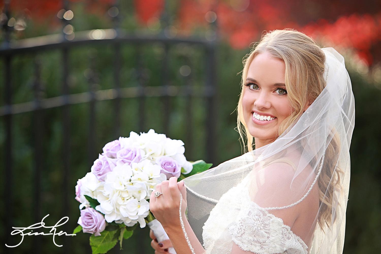 duke-mansion-bridal-portraits-lisaher5.jpg