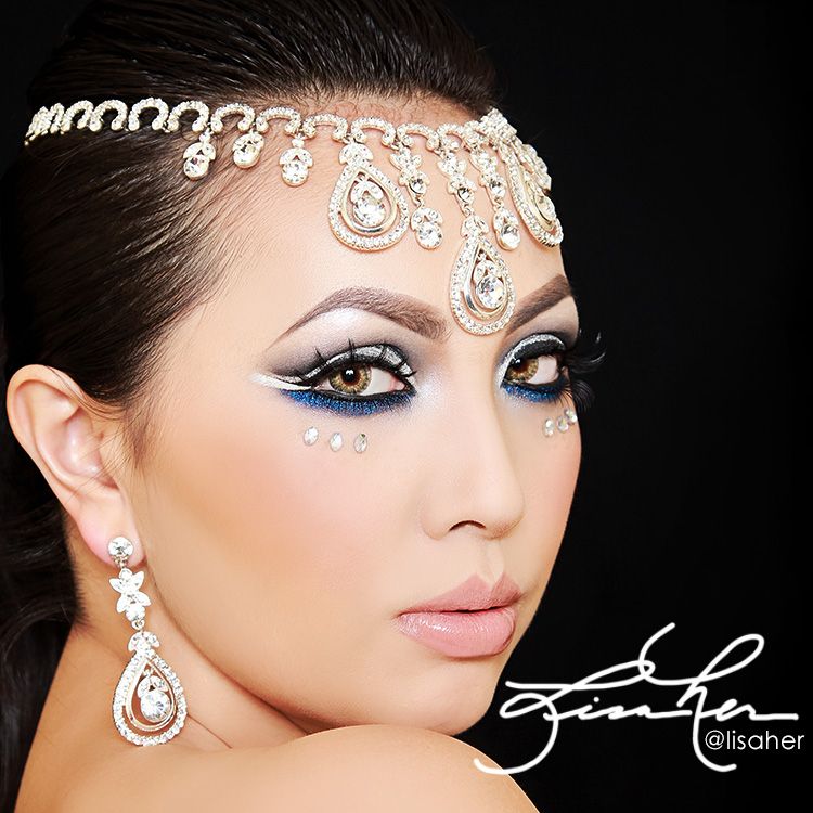 Arabic Crystal Eyes Makeup