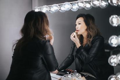 lisaher-makeup-artist