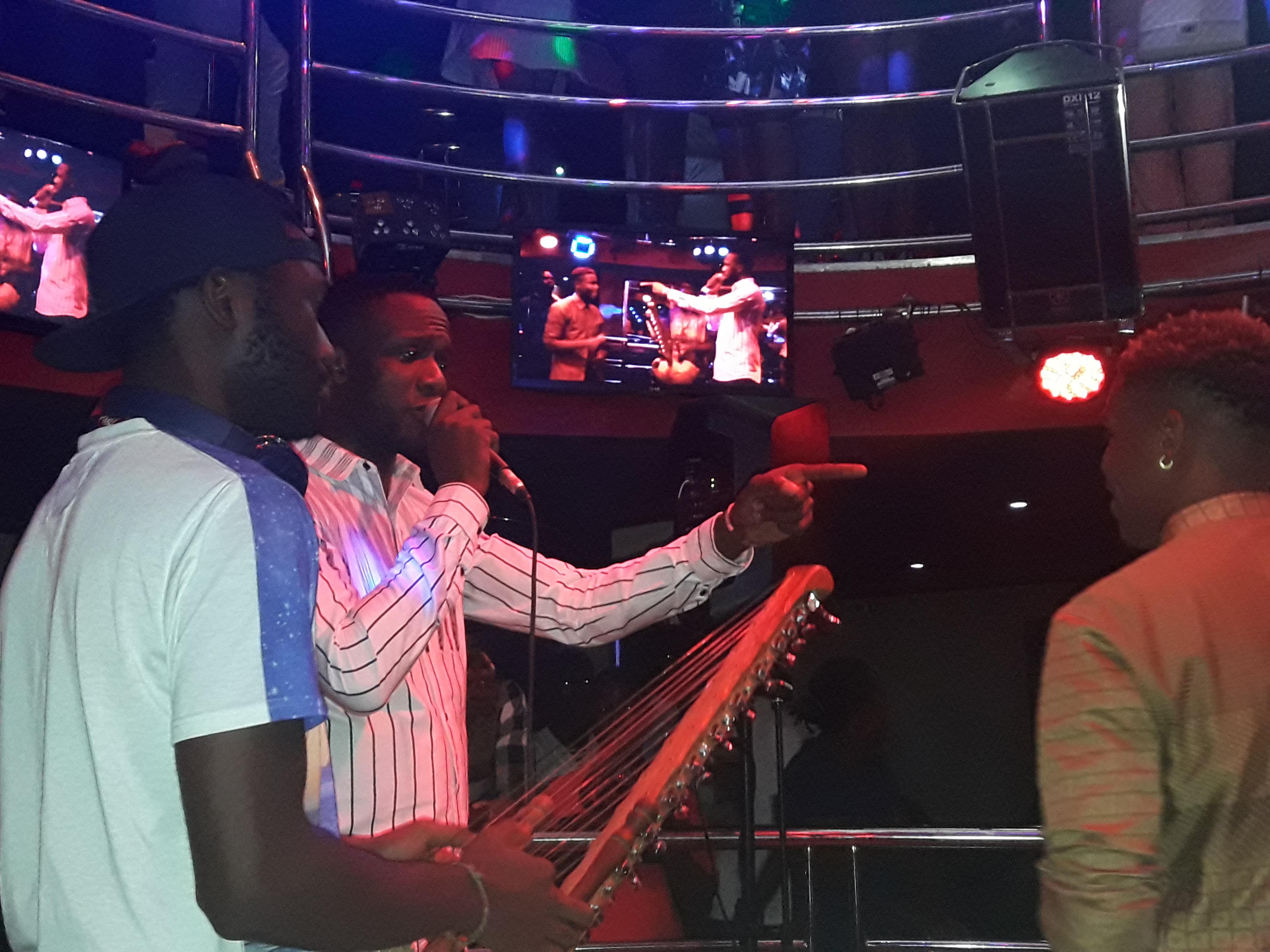 En feat. avec Mohamed Diaby-Conakry
