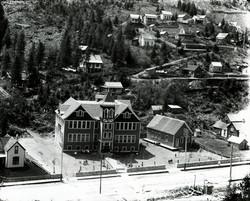 Wardner School
