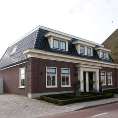 2 onder 1 kap notariswoning te Wervershoof