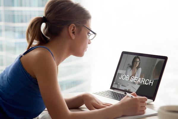 Top 5 Reasons People Change Jobs