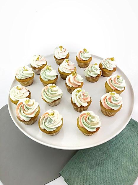 High Tea 90th Cupcakes