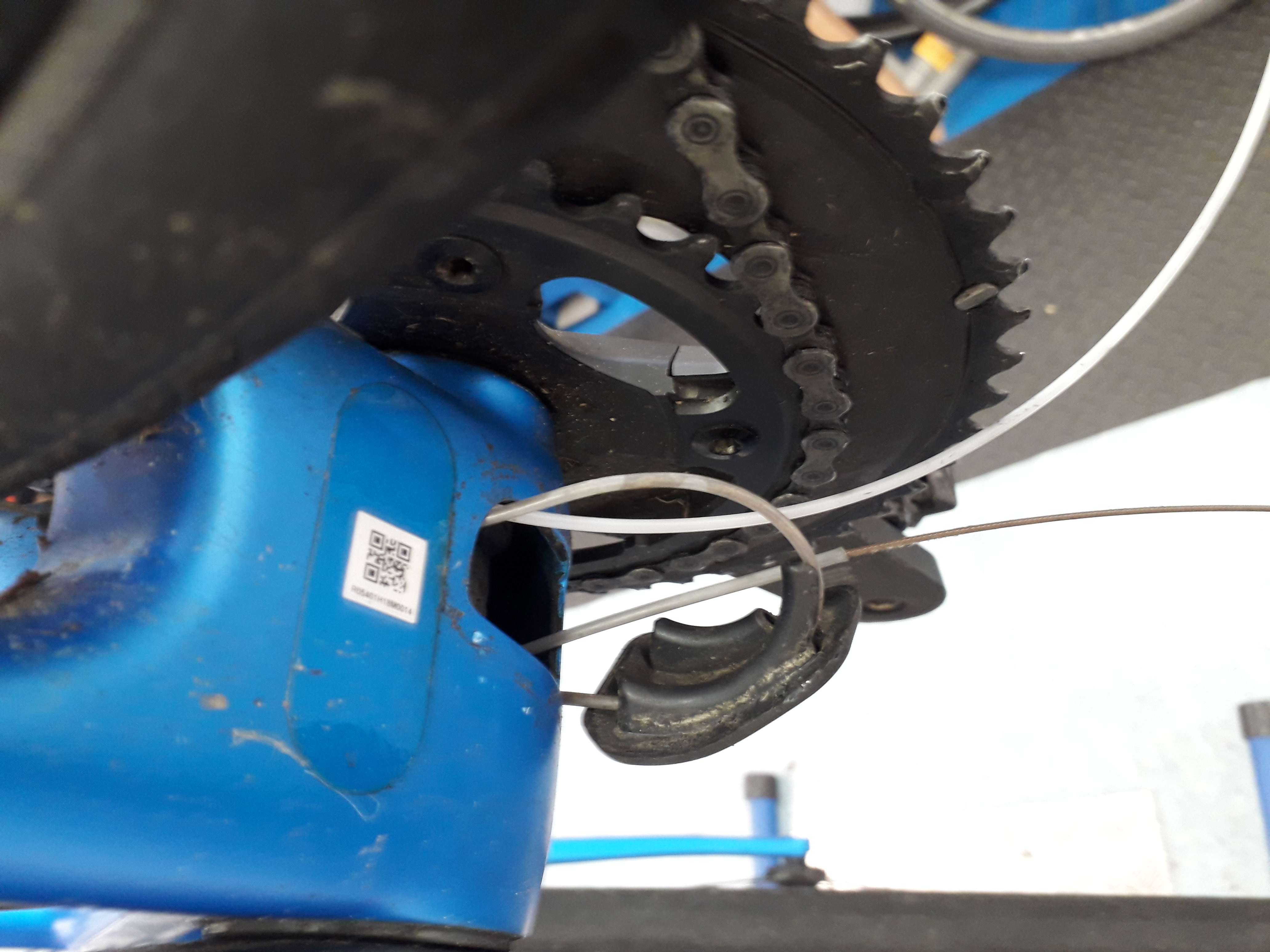 Fitting new internal cables