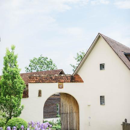 Hochzeit-auf-der-Maisenburg_Scheunenhochzeit_11.jpg
