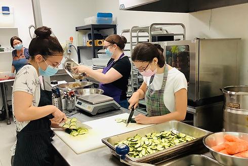 Travail cuisine 2021.jpg