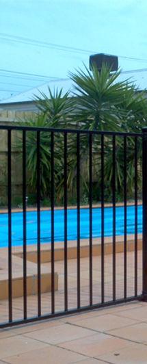 Aluminium Flat Top Pool Fence