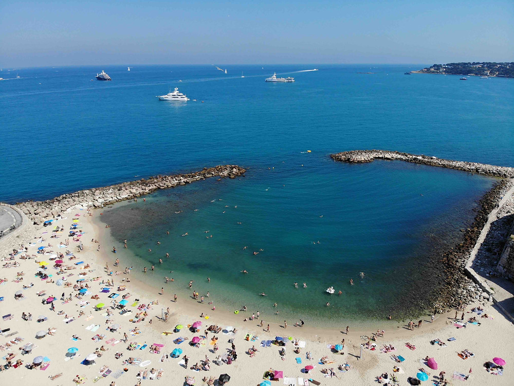 Gravitate Beach - Antibes