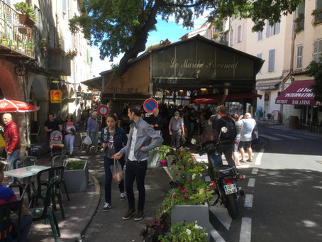 Live like a local in Antibes