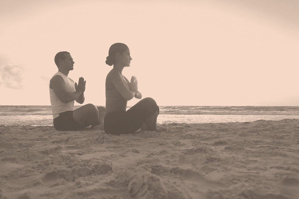 Meditating%2520on%2520the%2520Beach_edited_edited.jpg