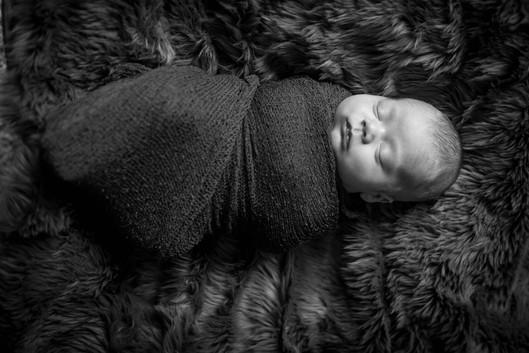 best swaddled newborn photographer spice