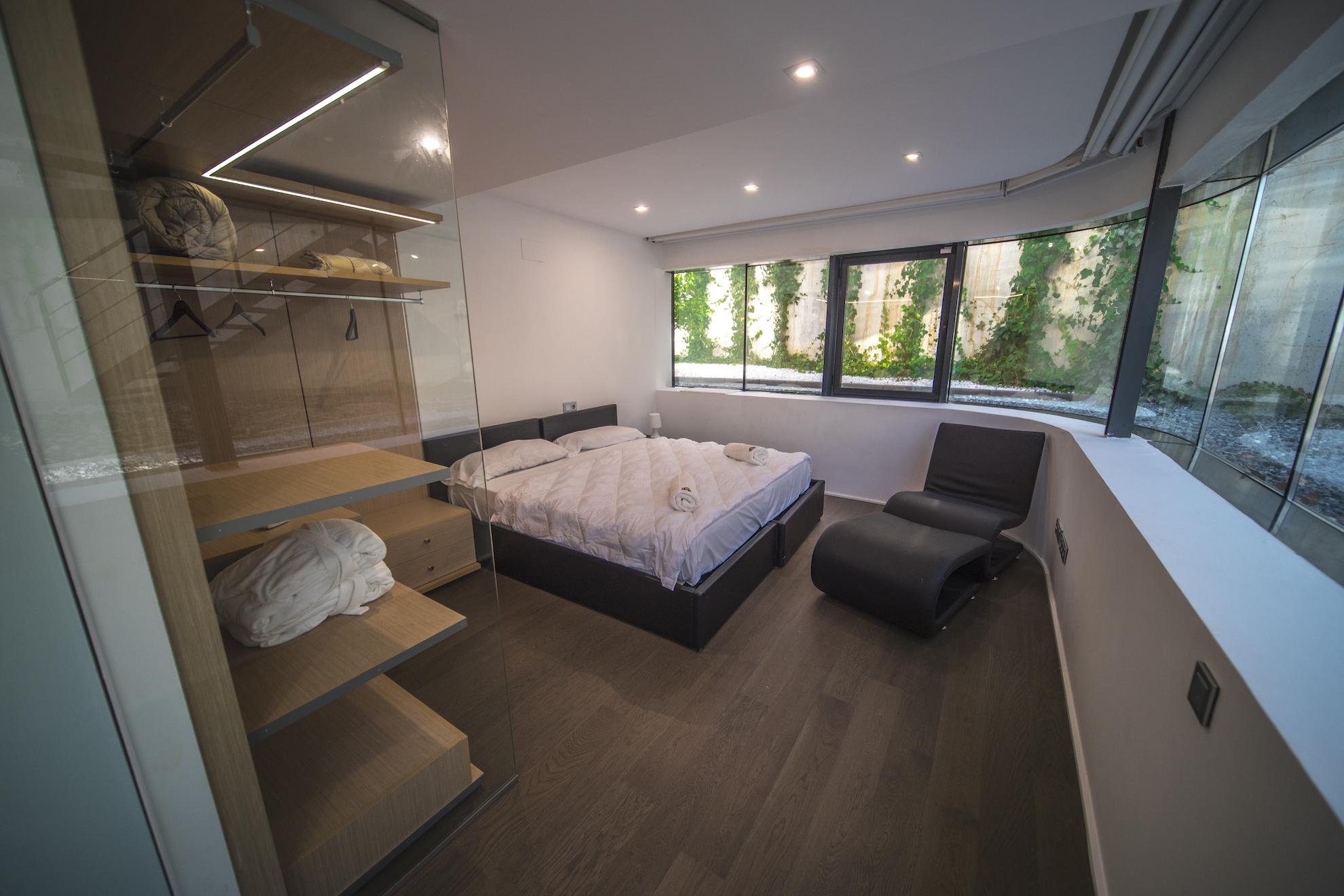 Quad Suite