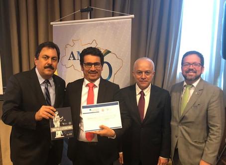 Associado da AMATRA 8 é premiado por sua obra literária.