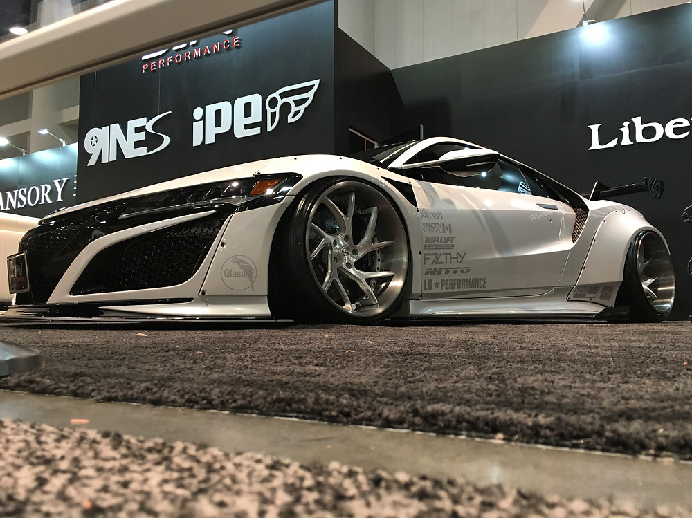 Liberty Walk NSX with SERIALNINE NOVA air dampers