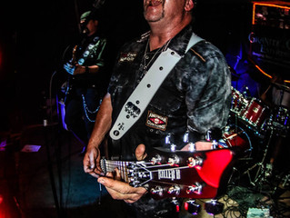 Mick Bryan inks endorsement deal with SIT Strings!
