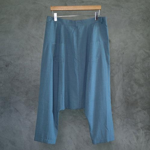 TT05  I  Triangle Trousers