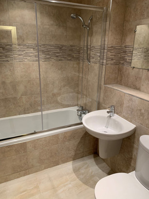 Maximising space with a shower/bath combination