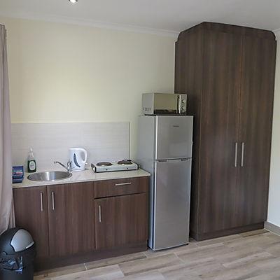 W1 kitchenette.JPG